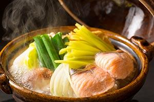 牛豚鶏の3種の肉炊き鍋