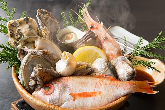 魚介のうまみを楽しむ海鮮浜焼き