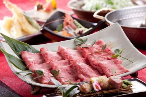 但馬牛の肉のうまみが引立つしゃぶしゃぶ鍋【貸切風呂無料・外湯めぐりパス付】